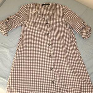 Zara v-neck checked button dress with pockets